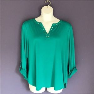 🆕 Investments III Green Blouse
